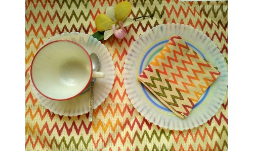 Multi Colour Tray Cover & Napkin (6)